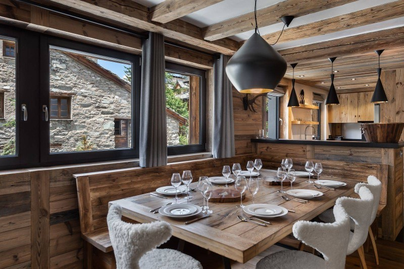 Val d'Isère Location Appartement Luxe Tapiza Salle A Manger 3