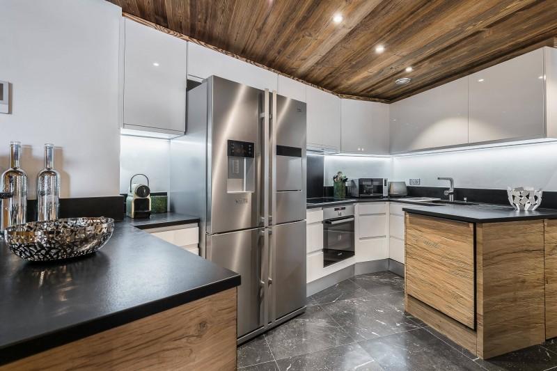 Val d'Isère Luxury Rental Appartment Ucelite Kitchen