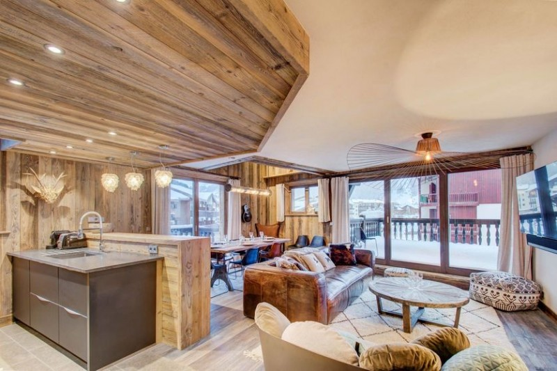 Val d'Isère Location Appartement Luxe Ulalite Salon 1