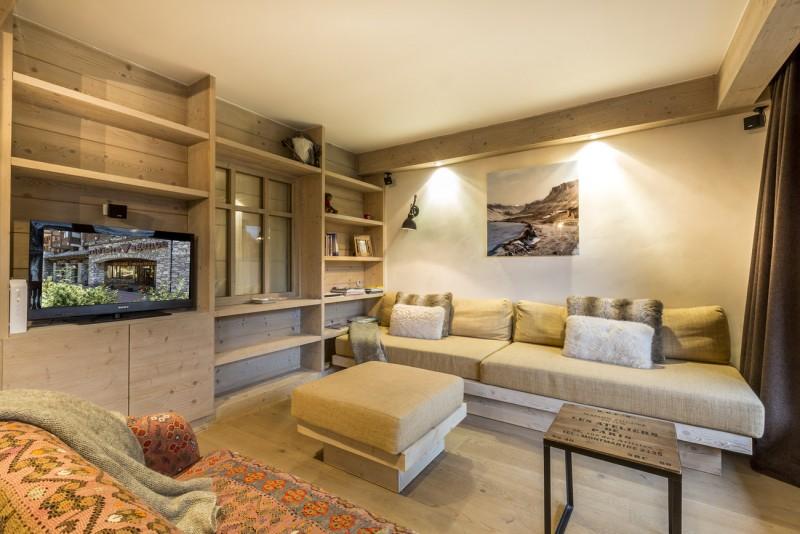 Val d'Isère Luxury Rental Apartment Vadakite Living Area 2