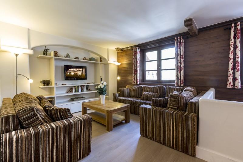 Val d'Isère Luxury Rental Apartment Varalite Living Area 2