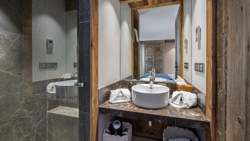Val d'Isère Location Appartement Luxe Varnite Salle De Bain