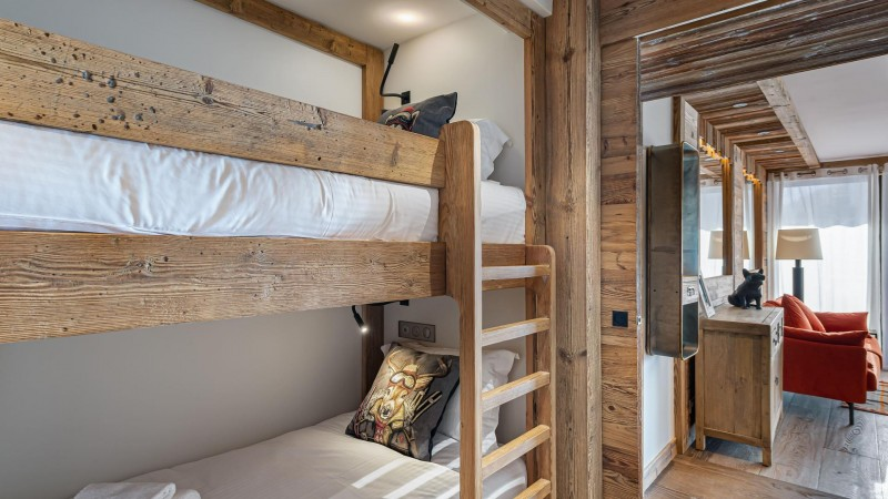 Val d'Isère Location Appartement Luxe Varnyte Chambre1