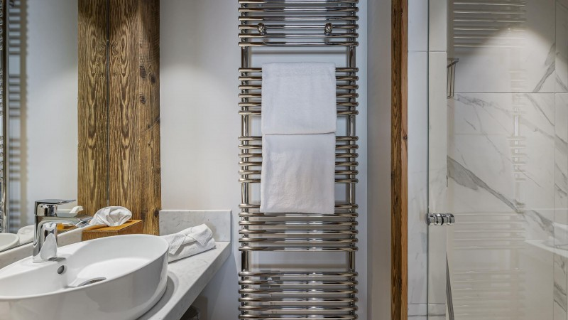 Val d'Isère Location Appartement Luxe Varnyte Douche