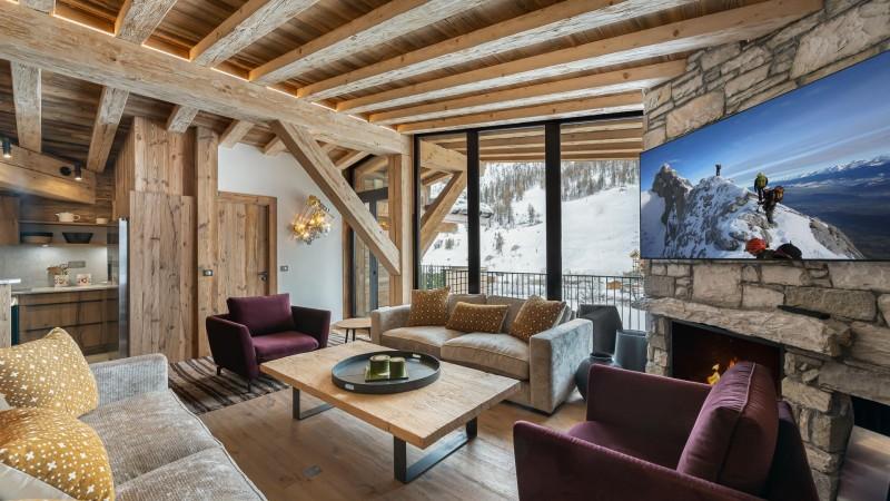 Val d'Isère Location Appartement Luxe Varvite Séjour1