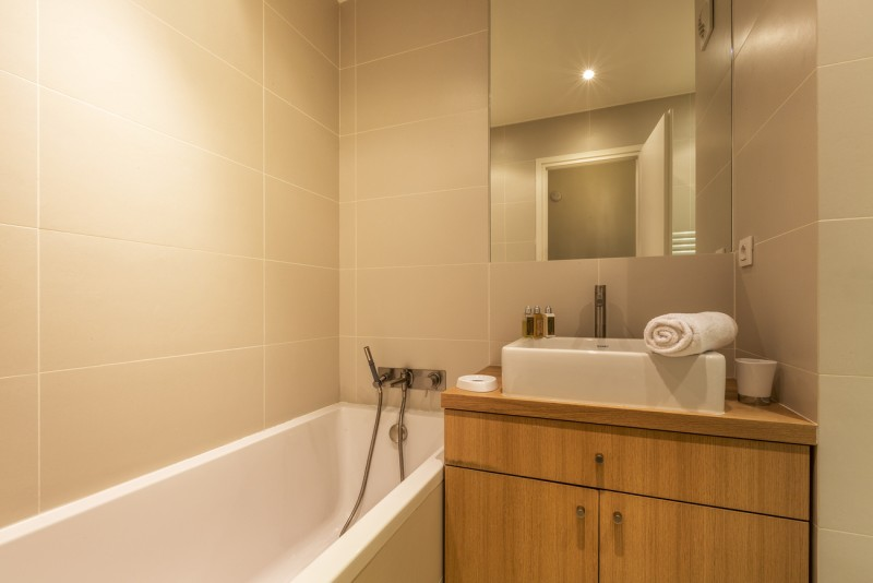 Val d'Isère Luxury Rental Apartment Vasilite Bathroom