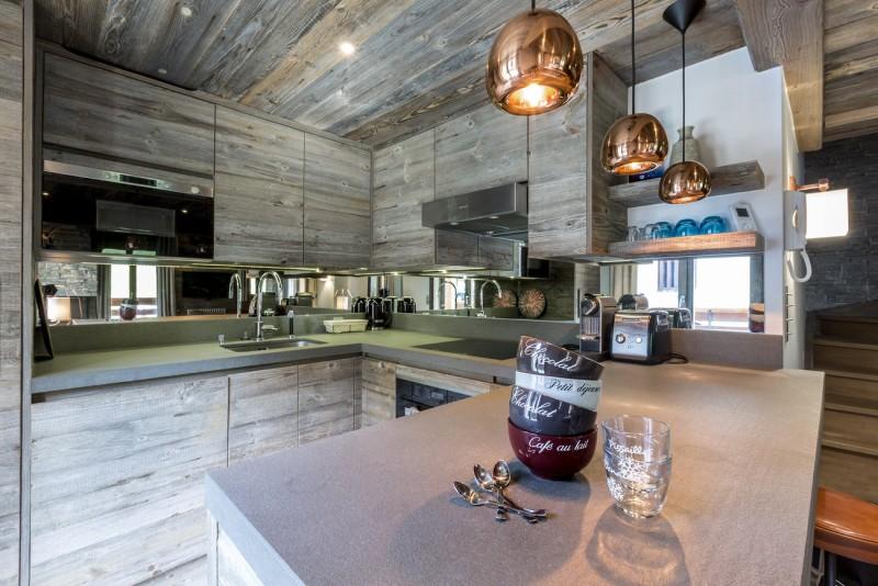Val d'Isère Luxury Rental Appartment Vatilis Kitchen 2