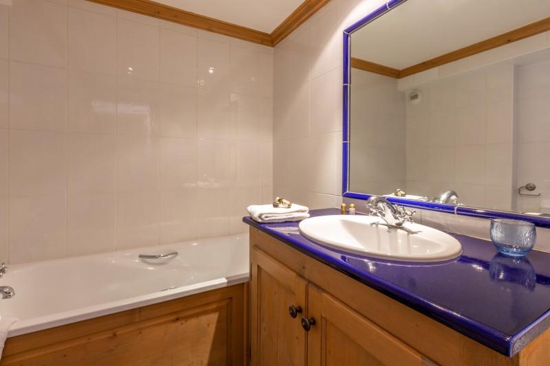 Val d'Isère Location Appartement Luxe Veridine Salle De Bain 2