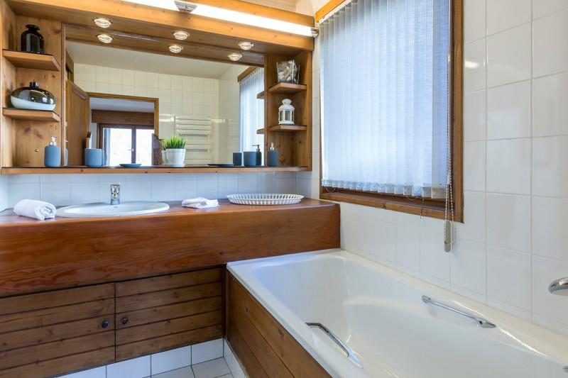 Val d'Isère Luxury Rental Apartment Vesuvin Bathroom