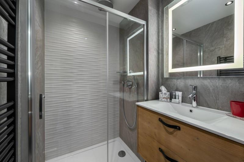 Val d'Isère Luxury Rental Appartment Virlonte Bathroom 3