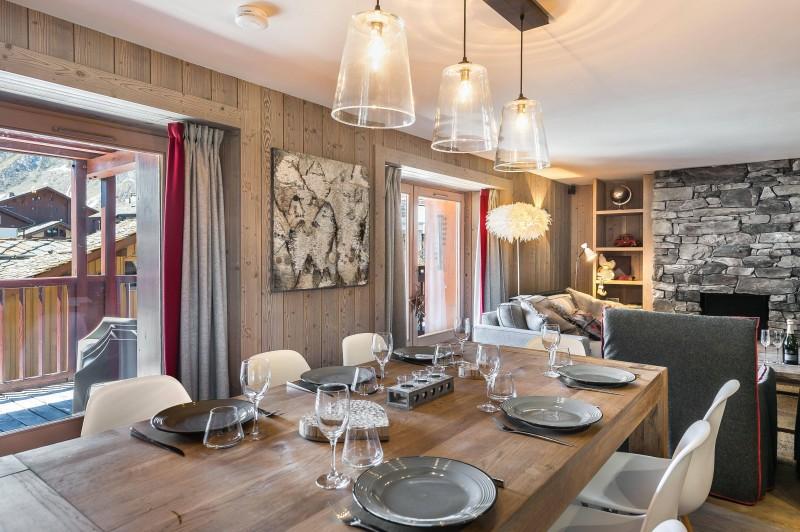 Val d'Isère Luxury Rental Appartment Viteli Dining Area 3