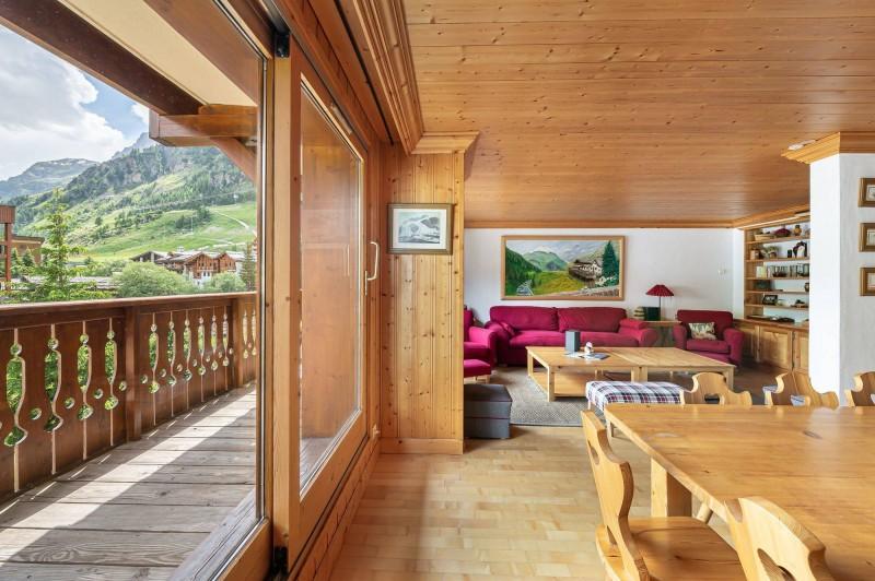 Val d'Isère Location Appartement Luxe Vitolan Séjour 3