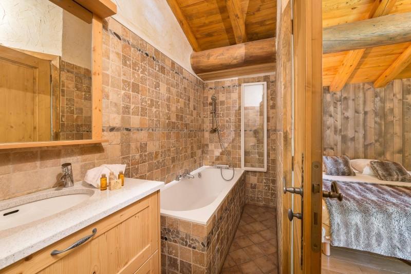 Val d'Isère Luxury Rental Chalet Jaden Bathroom 3