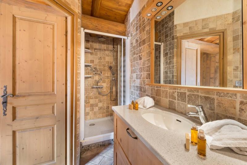 Val d'Isère Luxury Rental Chalet Jaden Bathroom 4