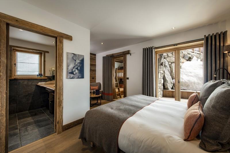 Val D'Isère Luxury Rental Chalet Umbate Bedroom 8