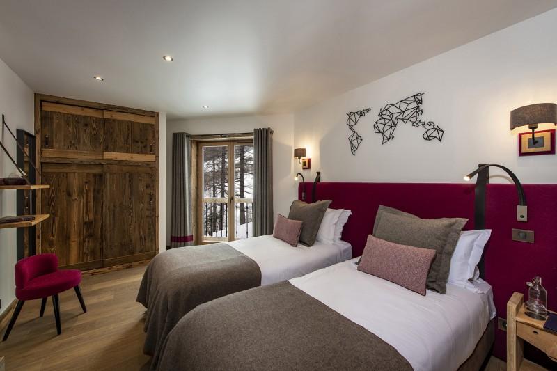 Val D'Isère Luxury Rental Chalet Umbate Bedroom 9