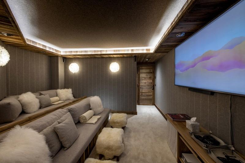Val D'Isère Luxury Rental Chalet Umbate Cinema Room