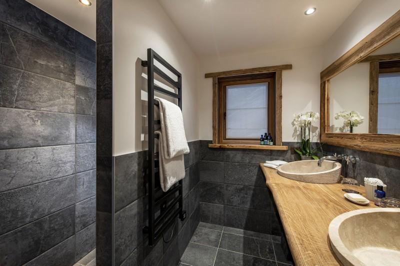 Val D'Isère Luxury Rental Chalet Umbate Shower Room 2