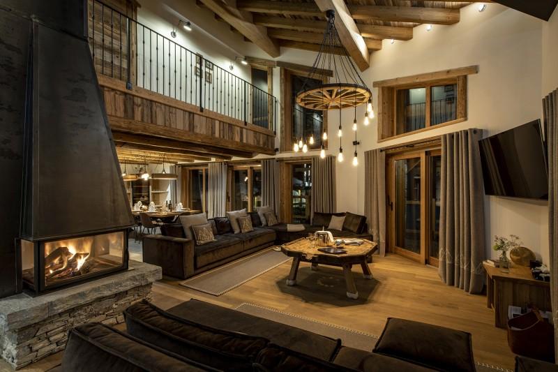 Val D'Isère Luxury Rental Chalet Umbate Living Room 3