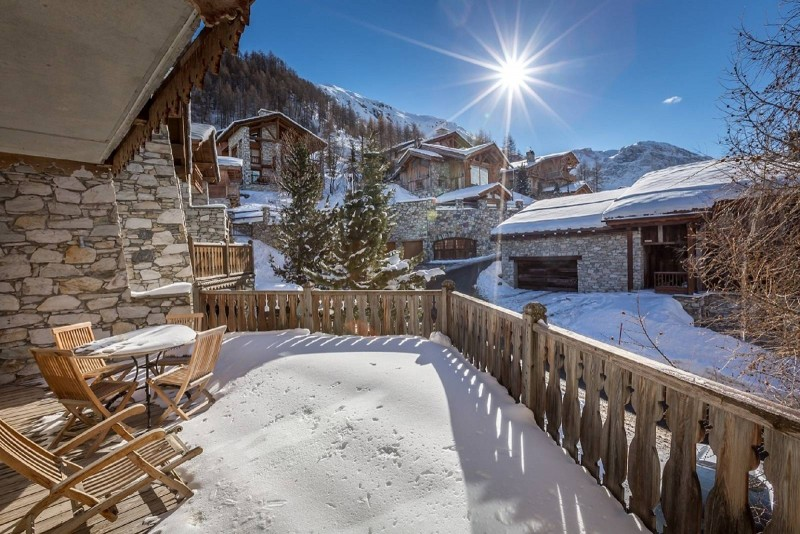 Val d'Isère Location Chalet Luxe Vabodia Terrasse