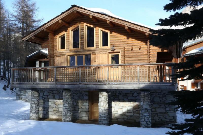Val d'Isère Location Chalet Luxe Vauxate Extérieur