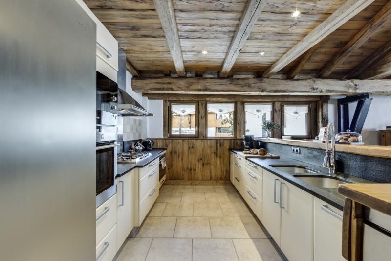 Val D'Isère Luxury Rental Chalet Vonsanite Kitchen