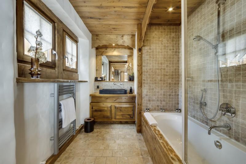 Val D'Isère Luxury Rental Chalet Vonsanite Bathroom 2