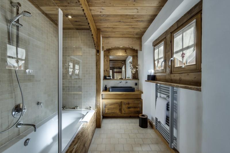 Val D'Isère Luxury Rental Chalet Vonsanite Bathroom